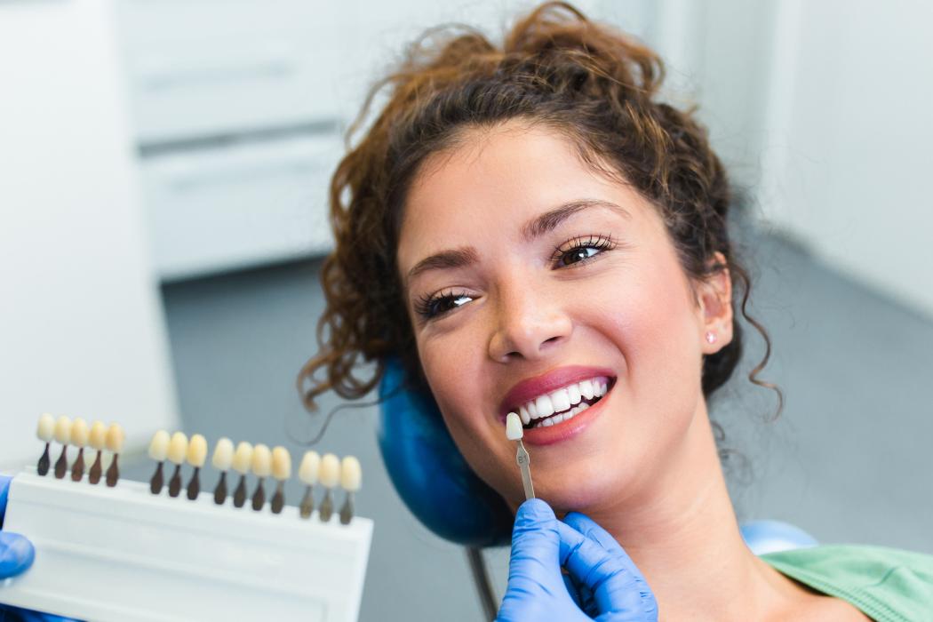 Лазерно избелване на зъби